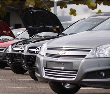Automóveis - Lojas - Concessionárias em Florianópolis: