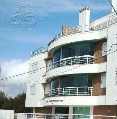Apartamento em Canasvieiras - aluguel anual
